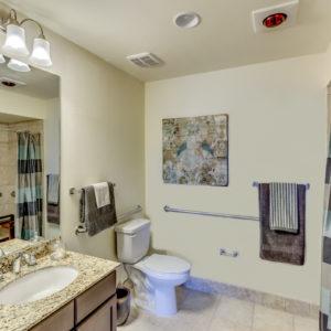 AL 45531__Smaller_Room_Bathroom